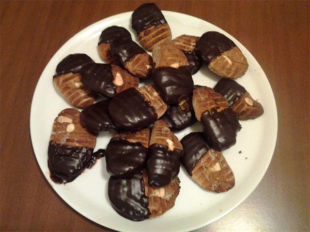 Galletas de Harina de Castaña, Almendras y Chocolate