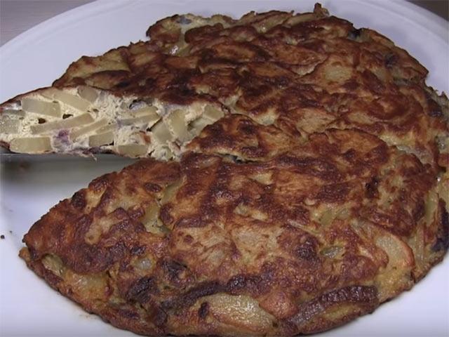 Tortilla Española con Patatas y Cebolla